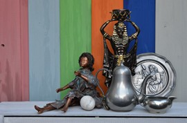 Sculptures and tin