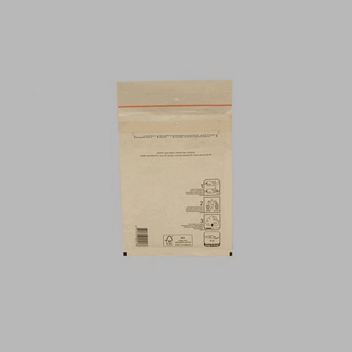airbag envelope white 22 5 x 17 cm
