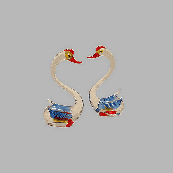 Glass swans large