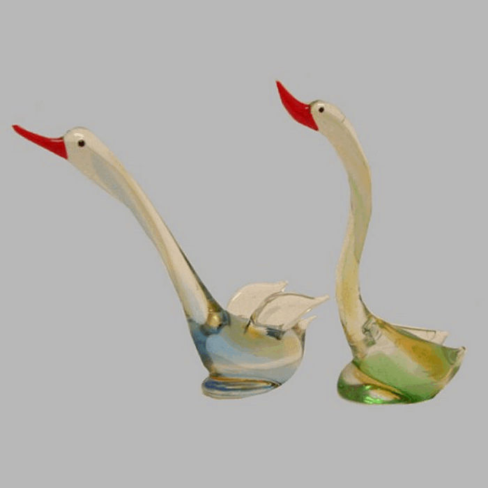 Glass swans 2 colors