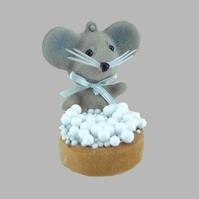 mouse and rusks with sprinkles for decoration 4 x 6 x 7cm