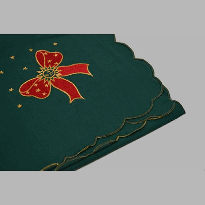 tablecloth or nap embroidered design Christmas green 80 x 80 c