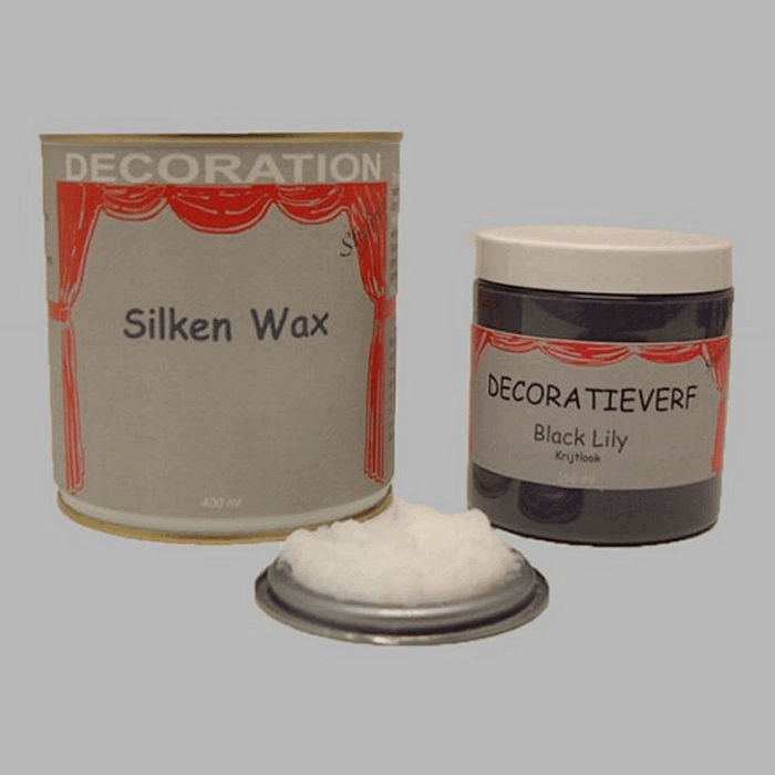 Silken wax (400ml) en krijtverf Black Lily(250ml)