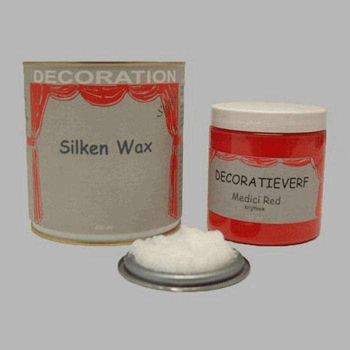 Silken wax (400ml) en krijtverf Medici Red(250ml)